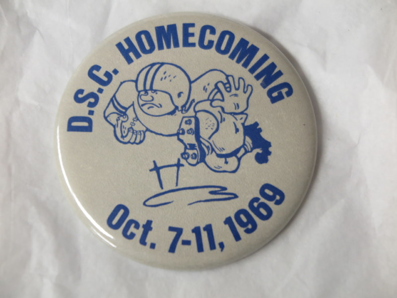 Homecoming Button - 1969.JPG
